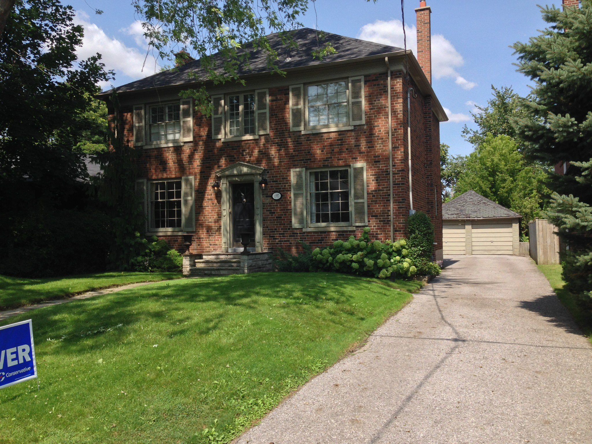 Main Photo: 197 Coldstream Avenue in Toronto: Lytton Park Freehold for sale (Toronto C04)