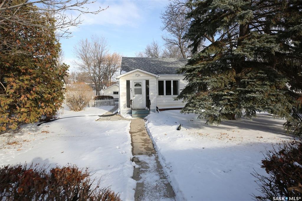 Main Photo: 43 Coventry Road in Regina: Rosemont Residential for sale : MLS®# SK755910