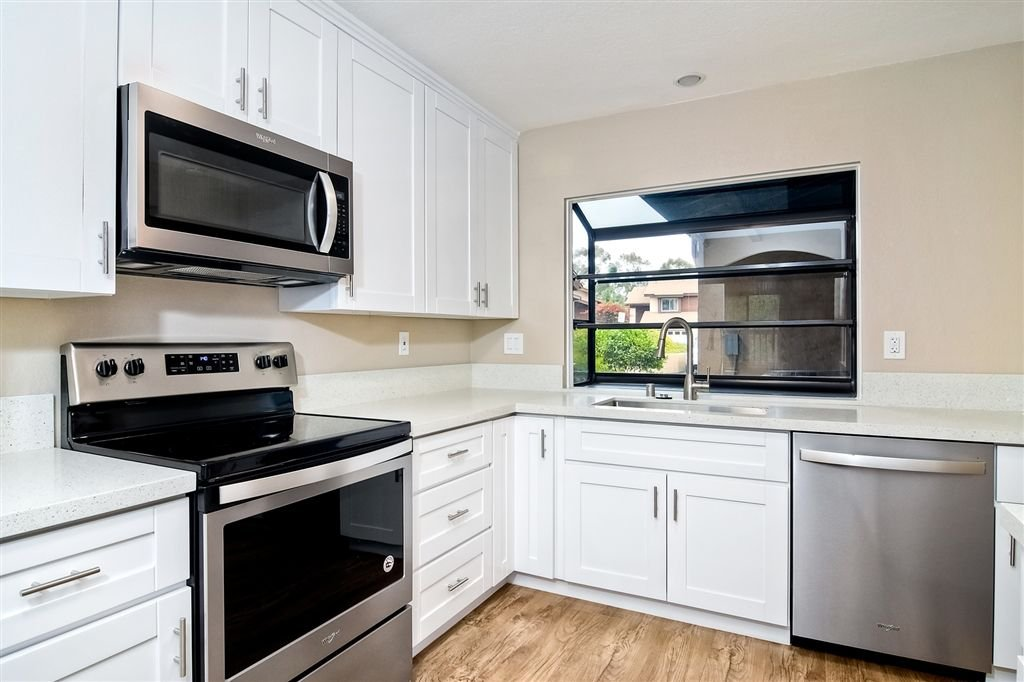 Main Photo: SCRIPPS RANCH Townhome for sale : 4 bedrooms : 10324 Caminito Goma in San Diego