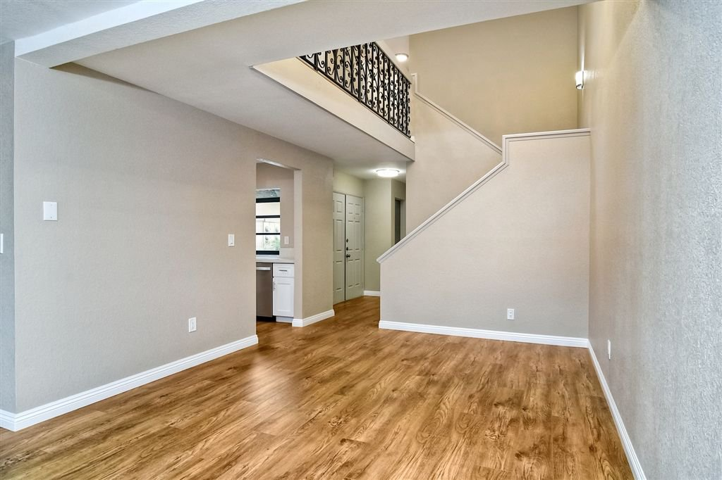 Photo 7: Photos: SCRIPPS RANCH Townhome for sale : 4 bedrooms : 10324 Caminito Goma in San Diego