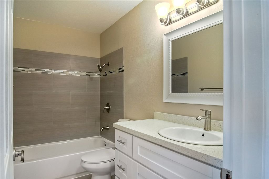 Photo 14: Photos: SCRIPPS RANCH Townhome for sale : 4 bedrooms : 10324 Caminito Goma in San Diego