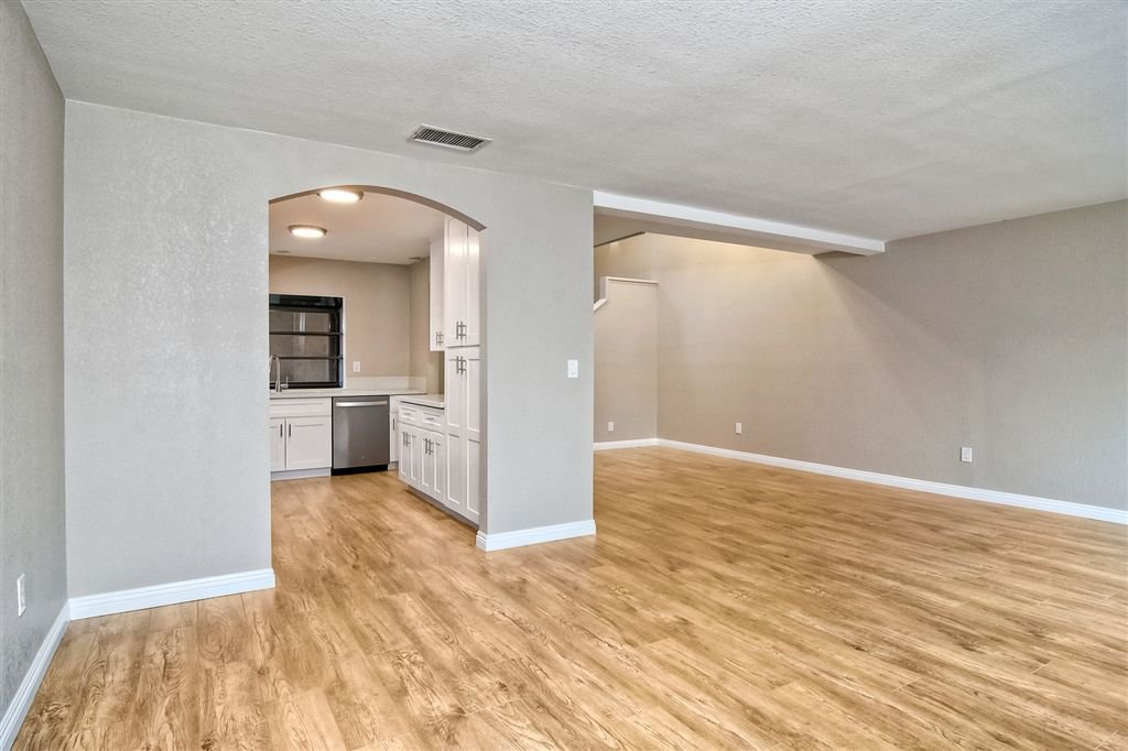 Photo 10: Photos: SCRIPPS RANCH Townhome for sale : 4 bedrooms : 10324 Caminito Goma in San Diego