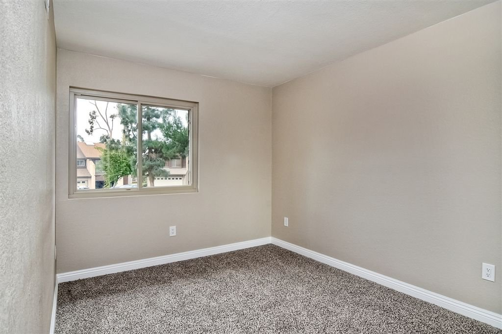 Photo 12: Photos: SCRIPPS RANCH Townhome for sale : 4 bedrooms : 10324 Caminito Goma in San Diego