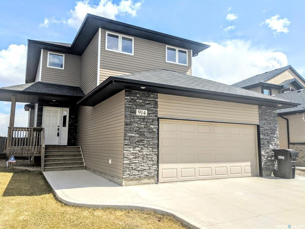 Main Photo: 914 Shepherd Crescent in Saskatoon: Willowgrove Residential for sale : MLS®# SK768940