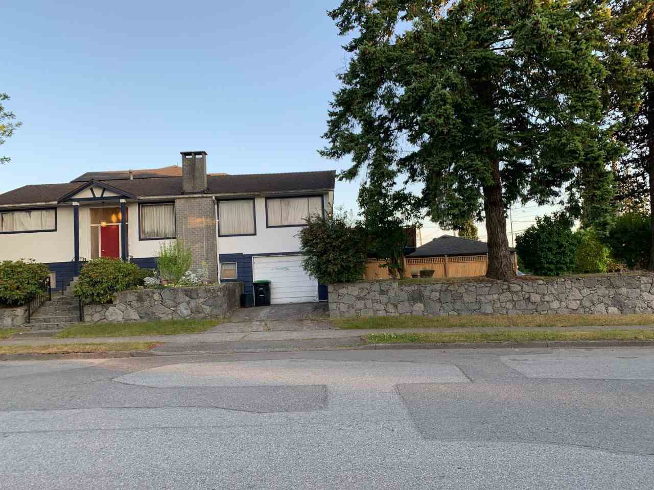 Main Photo: 1396 E 47TH Avenue in Vancouver: Knight House for sale (Vancouver East)  : MLS®# R2387136