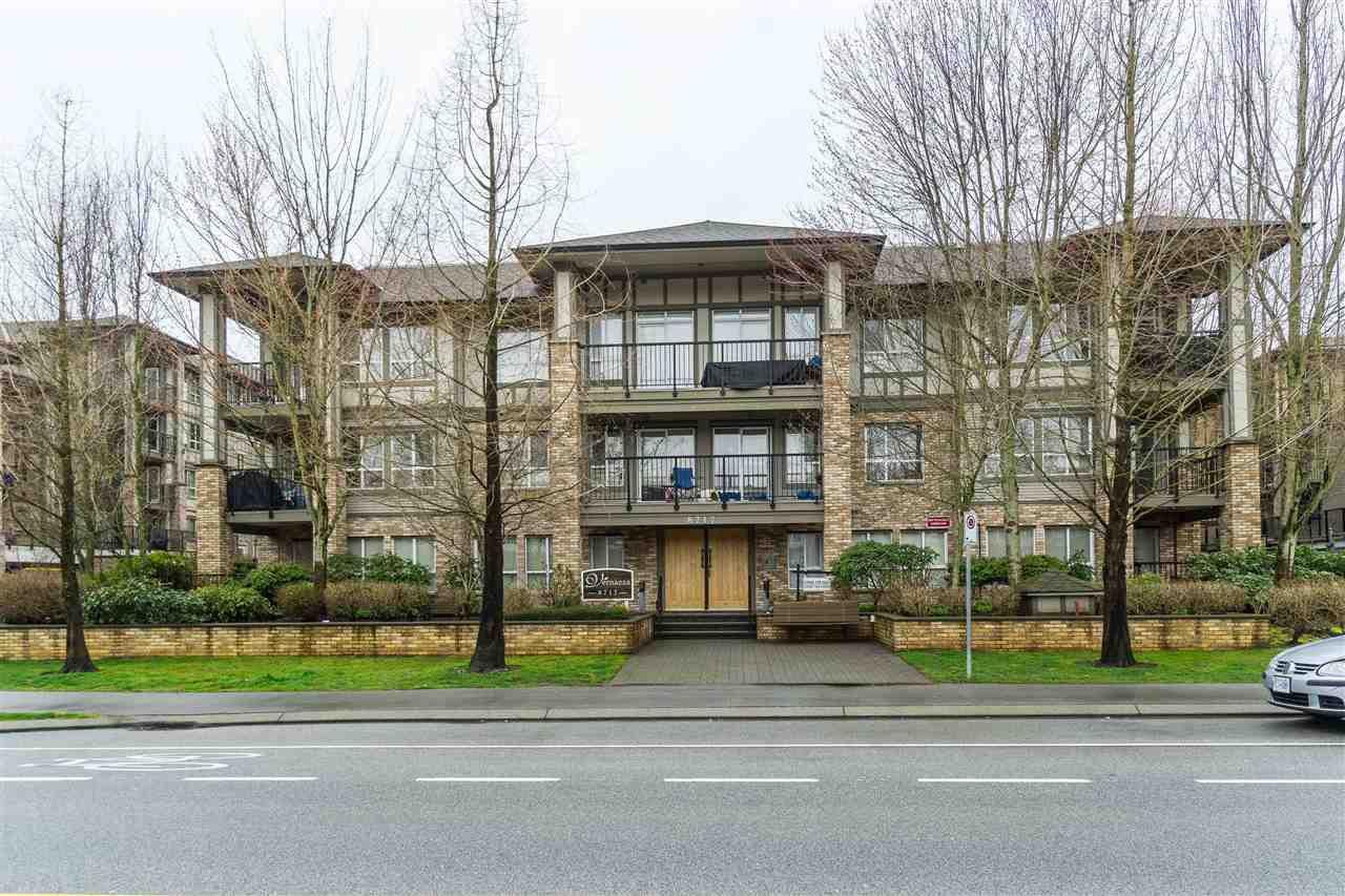 Main Photo: 315 8717 160 Street in Surrey: Fleetwood Tynehead Condo for sale : MLS®# R2448161