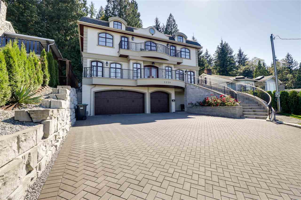 Main Photo: 2329 HENRY Street in Port Moody: Port Moody Centre House for sale : MLS®# R2488265