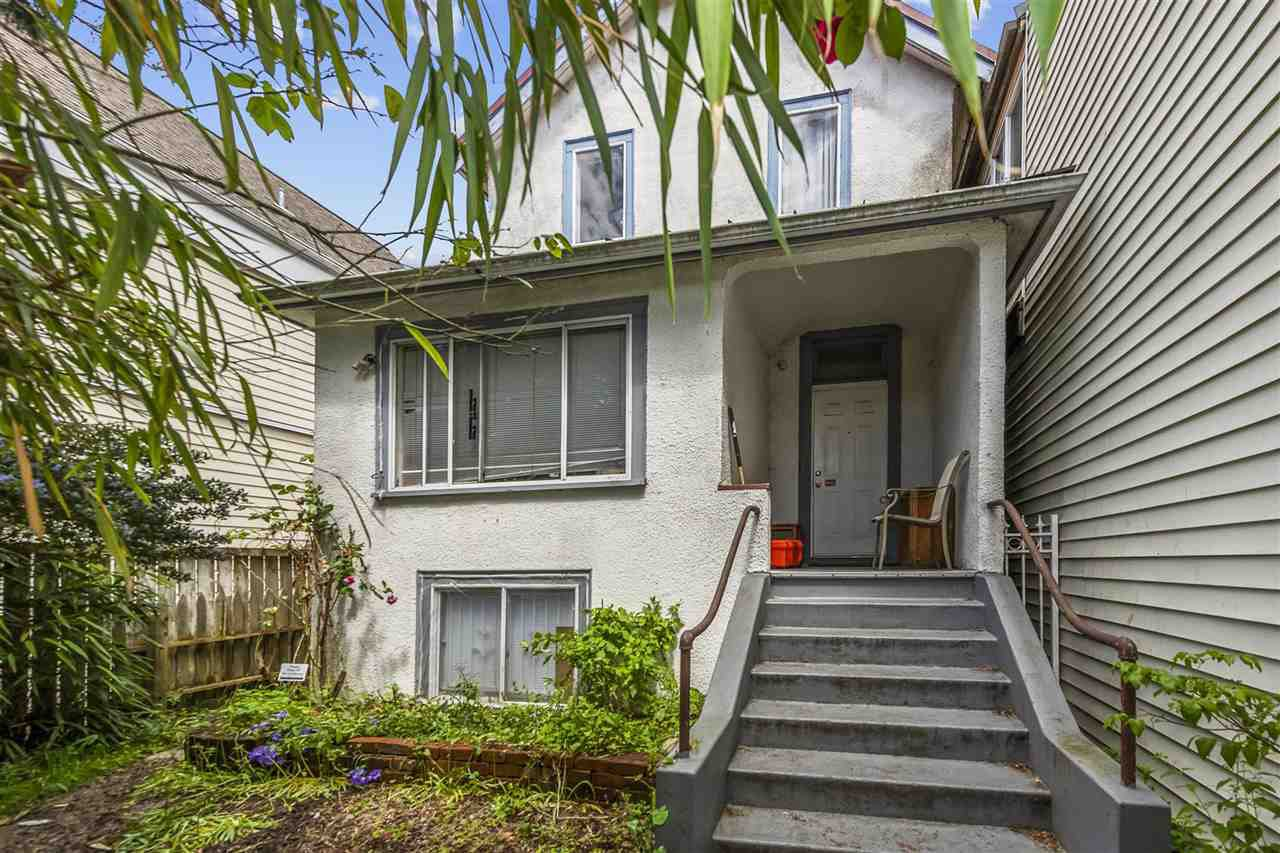Main Photo: 429 E PENDER Street in Vancouver: Strathcona House for sale (Vancouver East)  : MLS®# R2526801