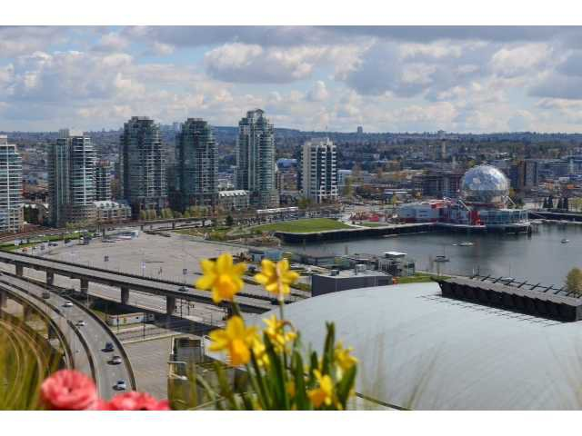Main Photo: # 2209 602 CITADEL PARADE ST in Vancouver: Downtown VW Condo for sale (Vancouver West)  : MLS®# V1001335
