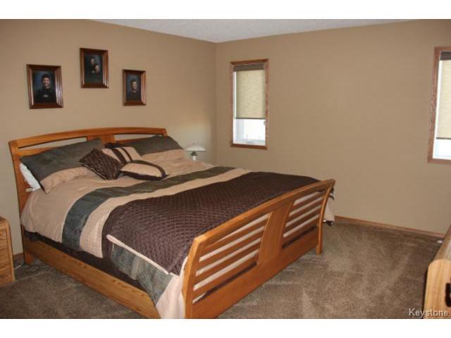 Photo 10: Photos: 91 Desrosiers Drive in WINNIPEG: Transcona Residential for sale (North East Winnipeg)  : MLS®# 1320703