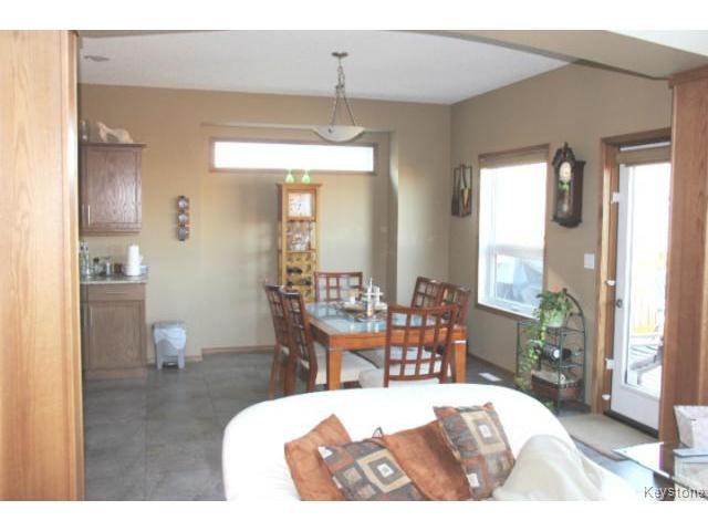 Photo 4: Photos: 91 Desrosiers Drive in WINNIPEG: Transcona Residential for sale (North East Winnipeg)  : MLS®# 1320703