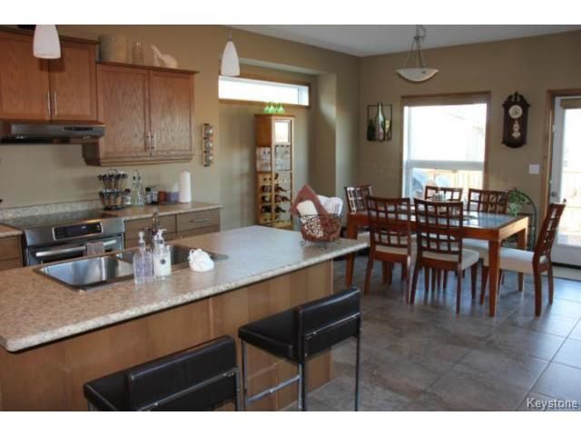 Photo 2: Photos: 91 Desrosiers Drive in WINNIPEG: Transcona Residential for sale (North East Winnipeg)  : MLS®# 1320703