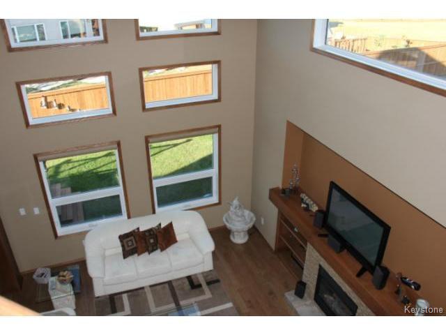 Photo 7: Photos: 91 Desrosiers Drive in WINNIPEG: Transcona Residential for sale (North East Winnipeg)  : MLS®# 1320703