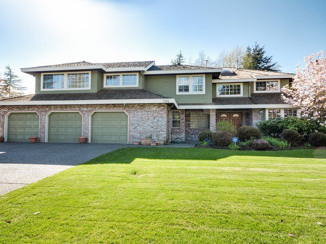 """Main Photo: 1911 134TH Street in Surrey: Crescent Bch Ocean Pk. House for sale in """"CHATHAM GREEN OCEAN PARK"""" (South Surrey White Rock)  : MLS®# F1409131"""