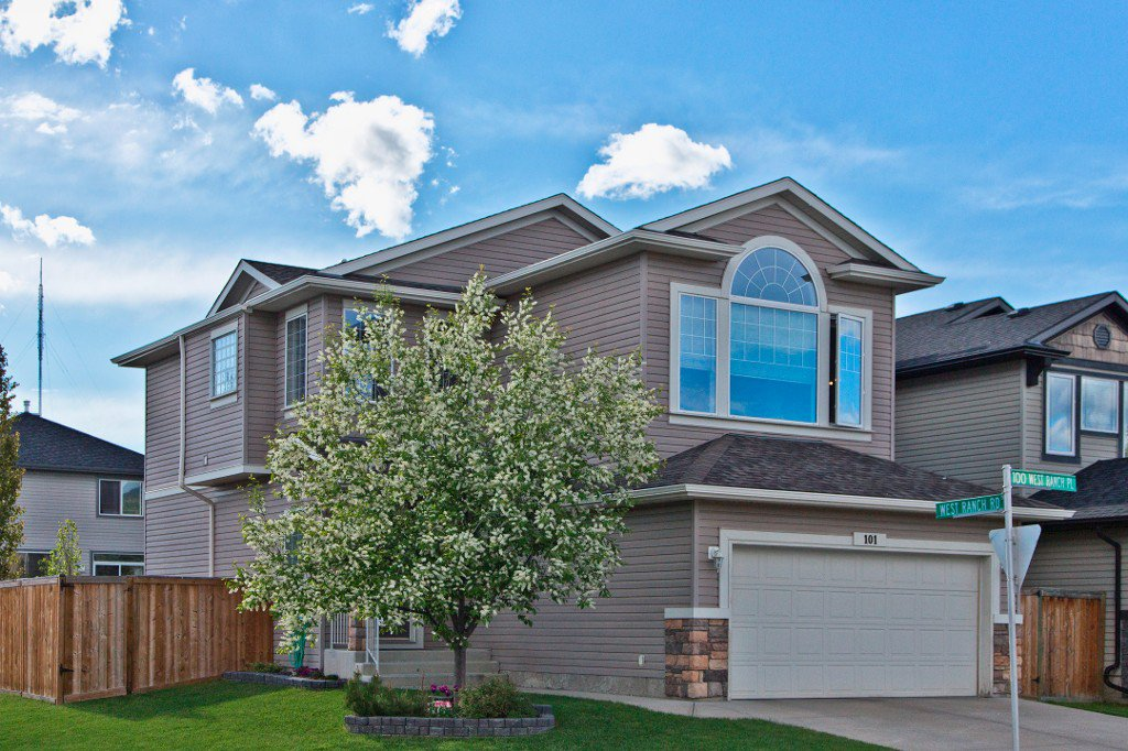 Main Photo: 101 WEST RANCH Place SW in CALGARY: West Springs Residential Detached Single Family for sale (Calgary)  : MLS®# C3619577
