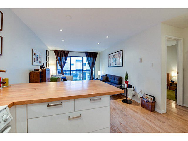 """Photo 6: Photos: 414 1215 PACIFIC Street in Vancouver: West End VW Condo for sale in """"PACIFIC PLACE"""" (Vancouver West)  : MLS®# V1100589"""