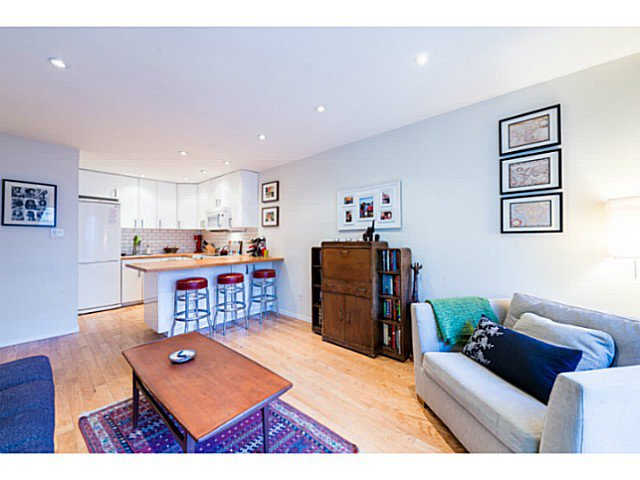"""Photo 11: Photos: 414 1215 PACIFIC Street in Vancouver: West End VW Condo for sale in """"PACIFIC PLACE"""" (Vancouver West)  : MLS®# V1100589"""