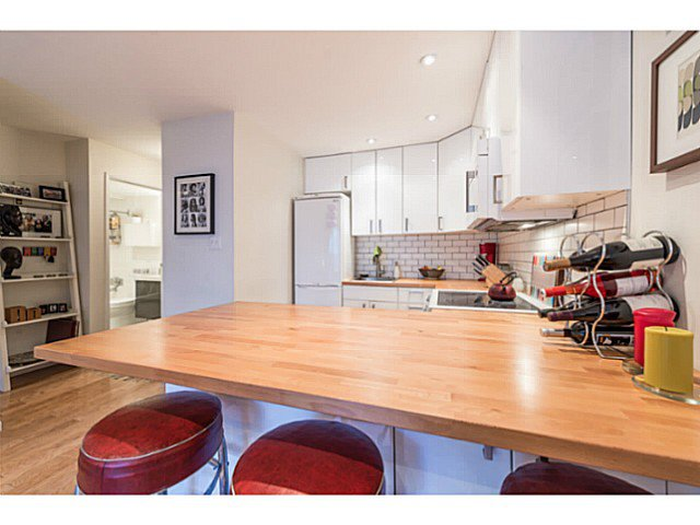 """Photo 7: Photos: 414 1215 PACIFIC Street in Vancouver: West End VW Condo for sale in """"PACIFIC PLACE"""" (Vancouver West)  : MLS®# V1100589"""