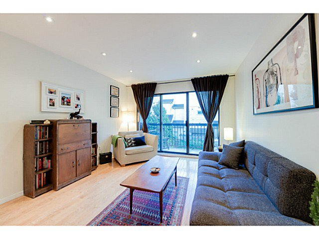 """Photo 12: Photos: 414 1215 PACIFIC Street in Vancouver: West End VW Condo for sale in """"PACIFIC PLACE"""" (Vancouver West)  : MLS®# V1100589"""