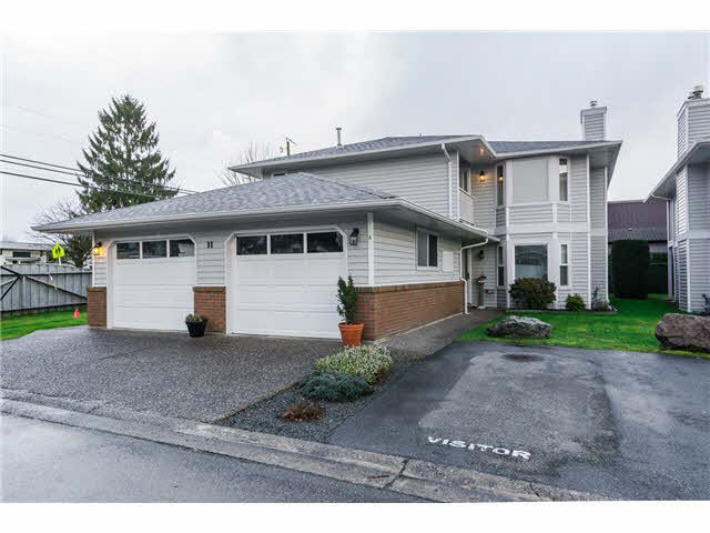 """Main Photo: 11B 46354 BROOKS Avenue in Chilliwack: Chilliwack E Young-Yale Townhouse for sale in """"ROSSHIRE MEWS"""" : MLS®# H2150274"""