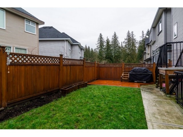 "Photo 19: Photos: 21171 77A Avenue in Langley: Willoughby Heights House for sale in ""YORKSON SOUTH"" : MLS®# R2024745"