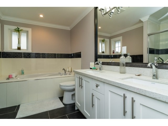 "Photo 12: Photos: 21171 77A Avenue in Langley: Willoughby Heights House for sale in ""YORKSON SOUTH"" : MLS®# R2024745"