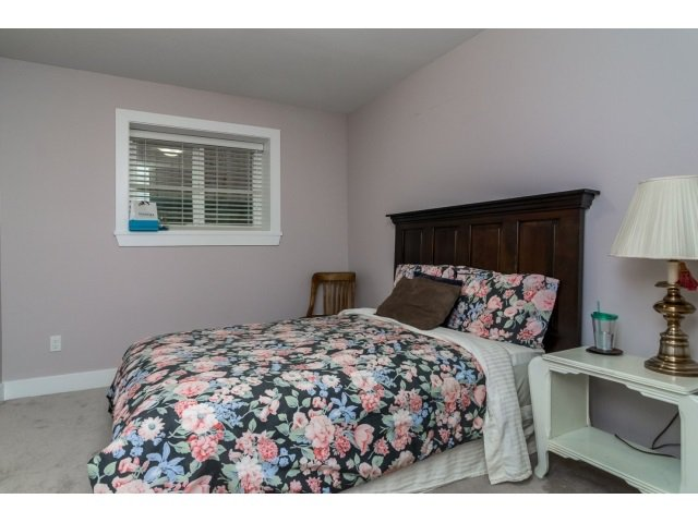 "Photo 18: Photos: 21171 77A Avenue in Langley: Willoughby Heights House for sale in ""YORKSON SOUTH"" : MLS®# R2024745"
