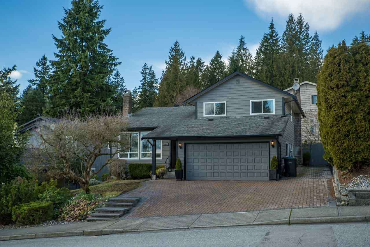 Main Photo: 1207 NOONS CREEK Drive in Port Moody: Mountain Meadows House for sale : MLS®# R2038144