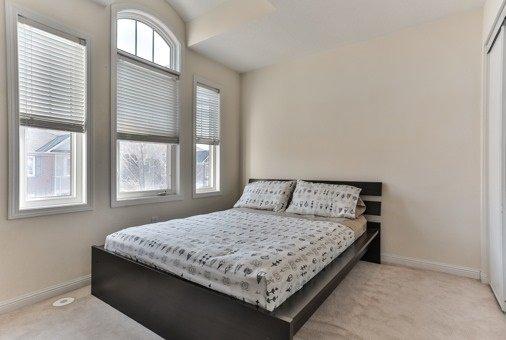 Photo 6: Photos: 26 Yates Avenue in Toronto: Clairlea-Birchmount House (3-Storey) for sale (Toronto E04)  : MLS®# E3441658