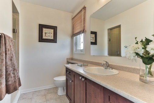 Photo 3: Photos: 26 Yates Avenue in Toronto: Clairlea-Birchmount House (3-Storey) for sale (Toronto E04)  : MLS®# E3441658