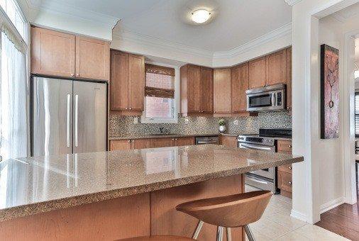 Photo 16: Photos: 26 Yates Avenue in Toronto: Clairlea-Birchmount House (3-Storey) for sale (Toronto E04)  : MLS®# E3441658