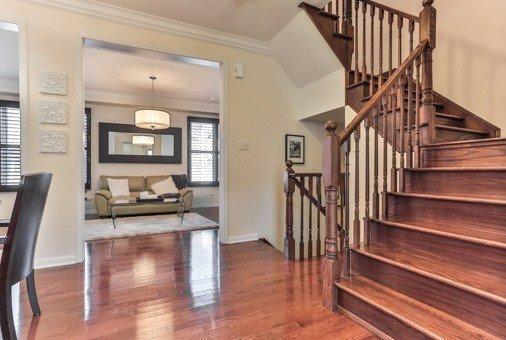 Photo 18: Photos: 26 Yates Avenue in Toronto: Clairlea-Birchmount House (3-Storey) for sale (Toronto E04)  : MLS®# E3441658