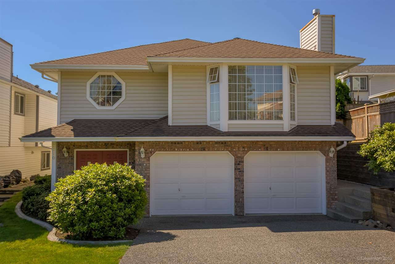 Main Photo: 2710 GOLDSTREAM Crescent in Coquitlam: Coquitlam East House for sale : MLS®# R2095248