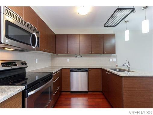 Main Photo: 217 1315 Esquimalt Rd in VICTORIA: Es Saxe Point Condo for sale (Esquimalt)  : MLS®# 743752