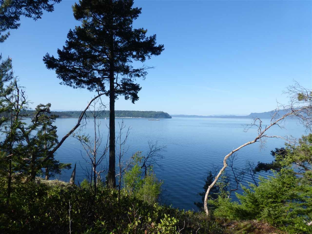 "Main Photo: Lot 9 WELCOME Wynd in Halfmoon Bay: Halfmn Bay Secret Cv Redroofs Land for sale in ""Tideways"" (Sunshine Coast)  : MLS®# R2139622"
