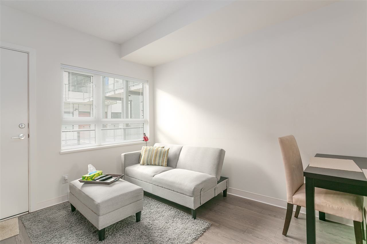 """Main Photo: 514 138 E HASTINGS Street in Vancouver: Downtown VE Condo for sale in """"Sequel 138"""" (Vancouver East)  : MLS®# R2245023"""