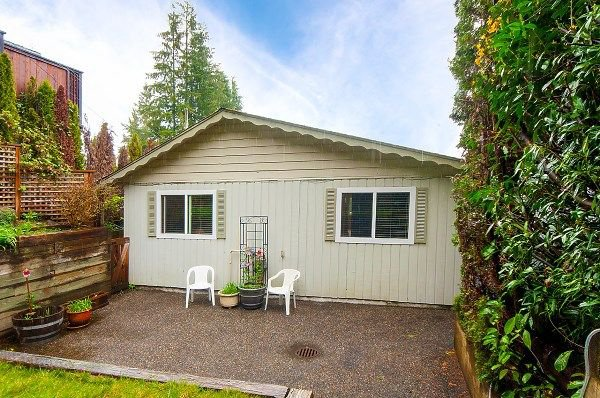 Main Photo: 1964 CLIFFWOOD Road in North Vancouver: Deep Cove House for sale : MLS®# R2258110