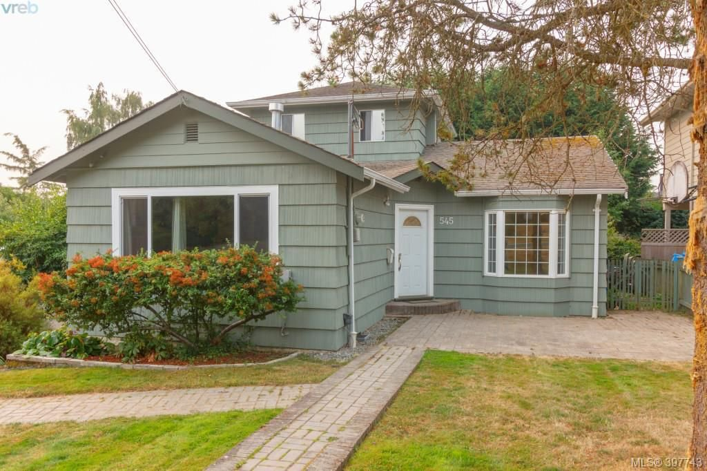 Main Photo: 545 Tait St in VICTORIA: SW Marigold House for sale (Saanich West)  : MLS®# 795685