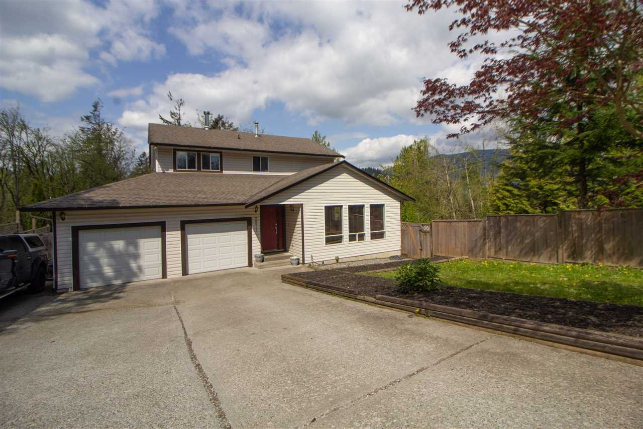Main Photo: 34611 DEWDNEY TRUNK Road in Mission: Hatzic House for sale : MLS®# R2362173