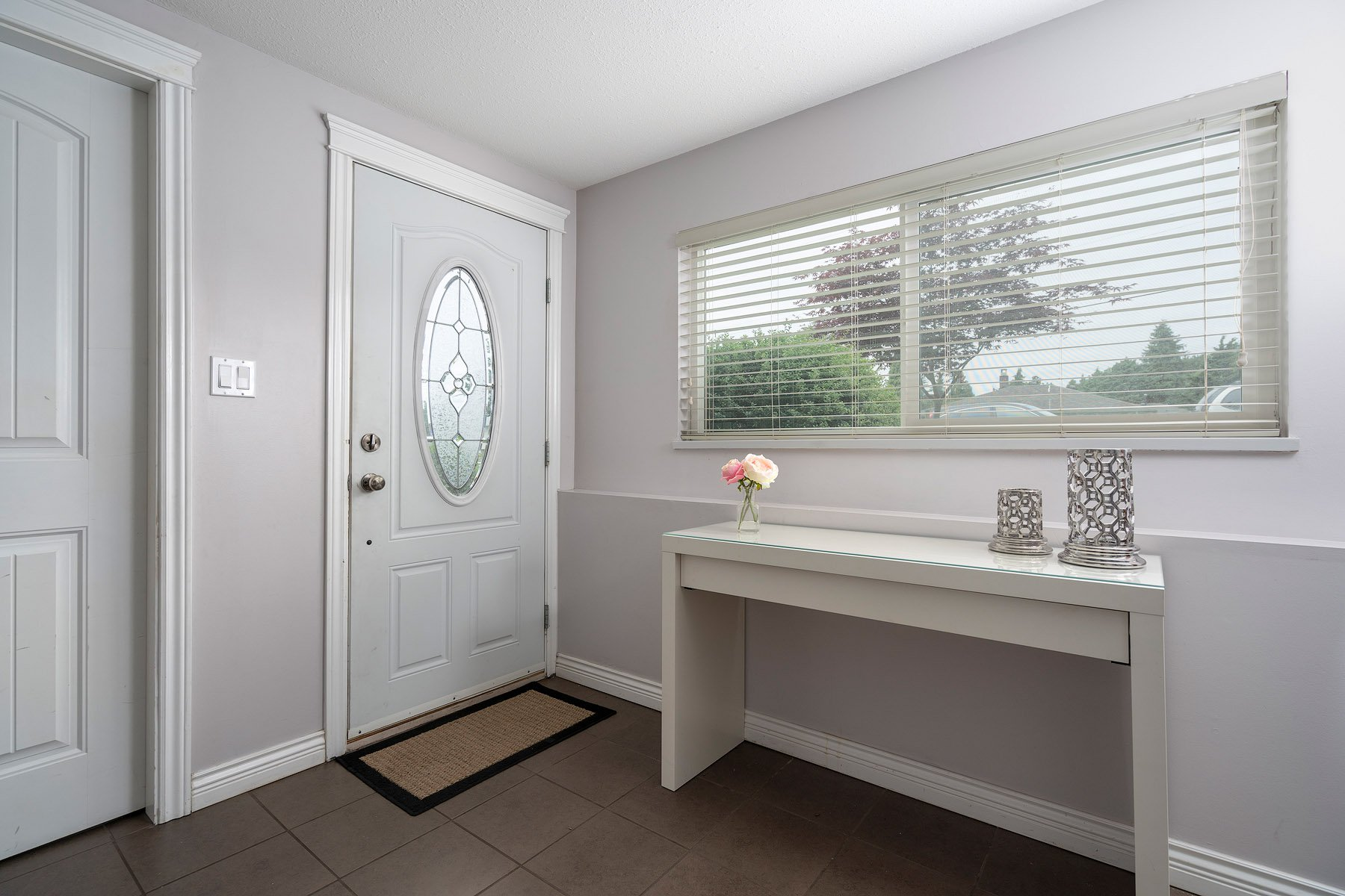 Photo 2: Photos: 423 MONTGOMERY Street in Coquitlam: Central Coquitlam House for sale : MLS®# R2380693