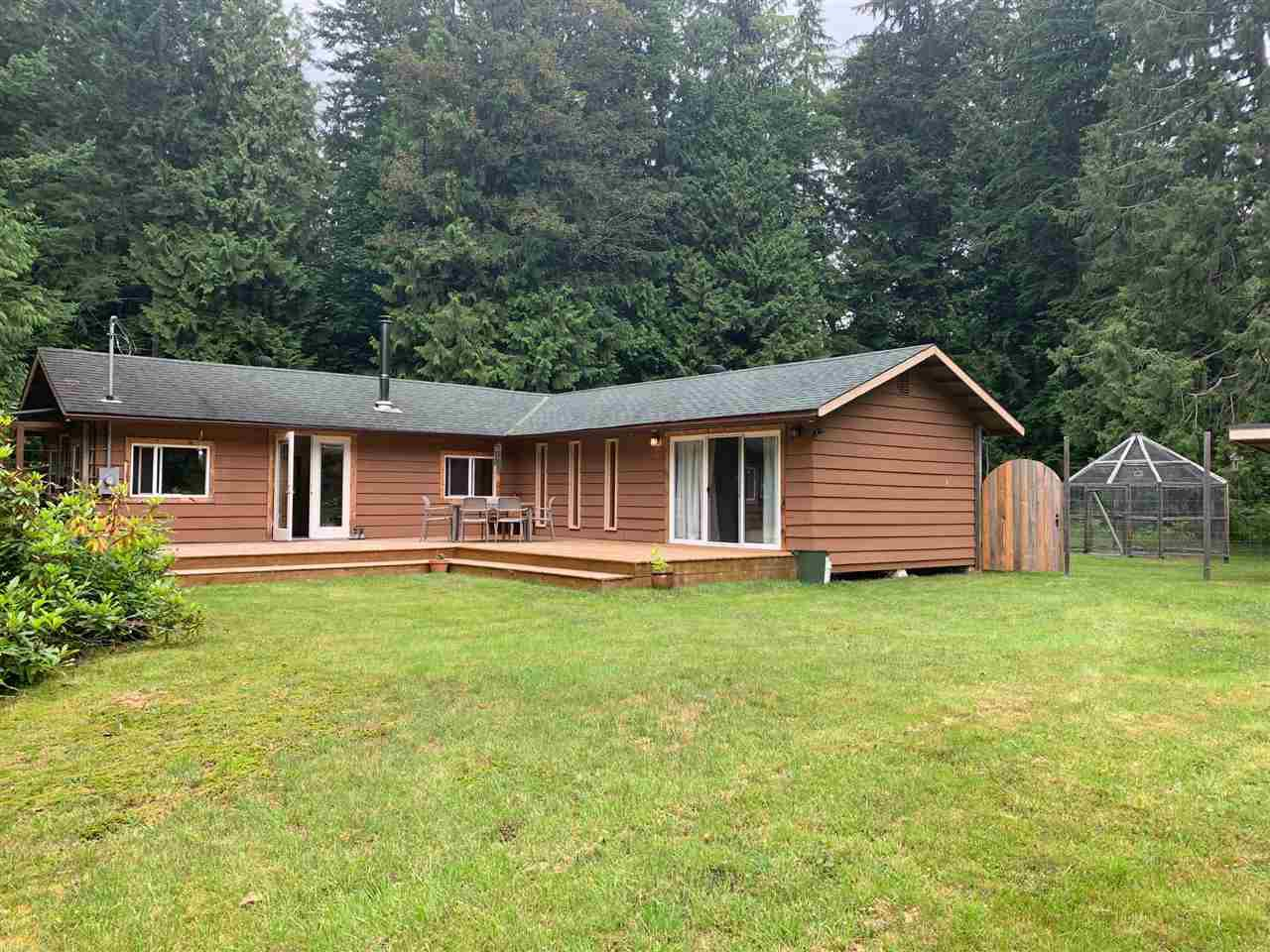 "Main Photo: 491 SHAWANABE Road: Gambier Island House for sale in ""Gambier Harbour"" (Sunshine Coast)  : MLS®# R2473939"