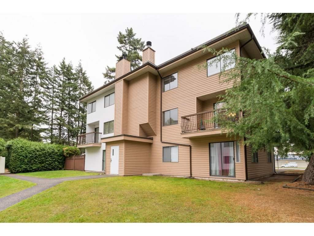 "Main Photo: 204 13291 70B Avenue in Surrey: West Newton Townhouse for sale in ""SunCreek"" : MLS®# R2527574"