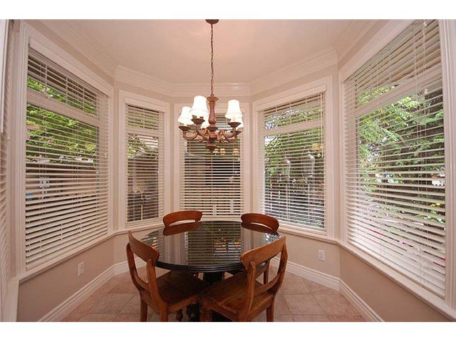 """Photo 6: Photos: 228 ANTHONY Court in New Westminster: Queens Park House for sale in """"Queen's Park"""" : MLS®# V898673"""