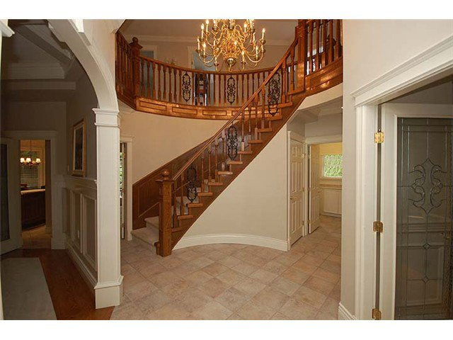 """Photo 2: Photos: 228 ANTHONY Court in New Westminster: Queens Park House for sale in """"Queen's Park"""" : MLS®# V898673"""