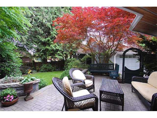 """Photo 10: Photos: 228 ANTHONY Court in New Westminster: Queens Park House for sale in """"Queen's Park"""" : MLS®# V898673"""