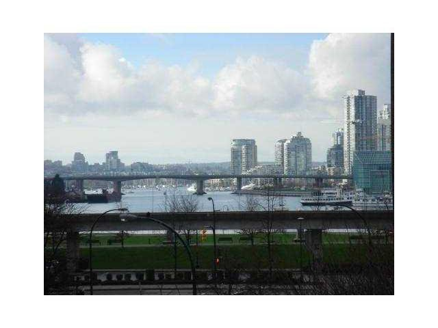 Main Photo: 405 189 National Avenue in Vancouver: Mount Pleasant VE Condo for sale (Vancouver East)  : MLS®# V927387