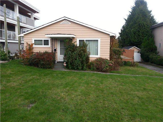 Photo 3: Photos: 1070 EWSON Street: White Rock House for sale (South Surrey White Rock)  : MLS®# F1325180