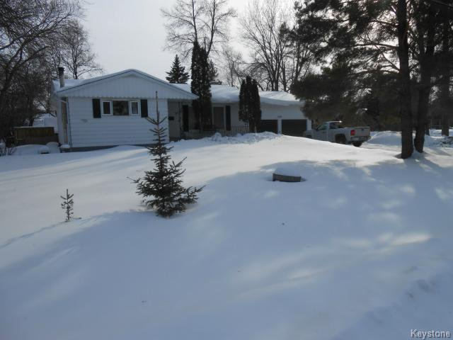 Main Photo: 5120 Rannock Avenue in WINNIPEG: Charleswood Residential for sale (South Winnipeg)  : MLS®# 1403603