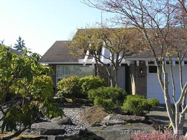 Main Photo: 3700 N Arbutus Dr in COBBLE HILL: ML Cobble Hill House for sale (Malahat & Area)  : MLS®# 667876