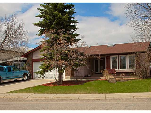 Main Photo: Videos: 34 DOWNEY Road: Okotoks Residential Detached Single Family for sale : MLS®# C3616084